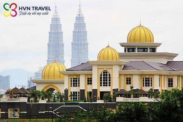 Cung dien hoang gia Malaysia
